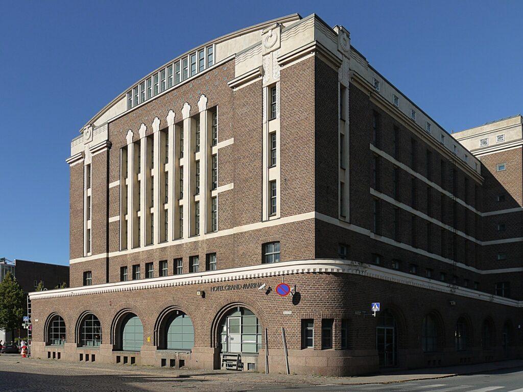 Hotel_Grand_Marina